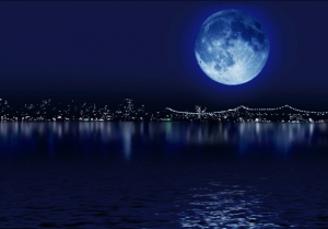 Blue+moon+over+manhattan 575X402