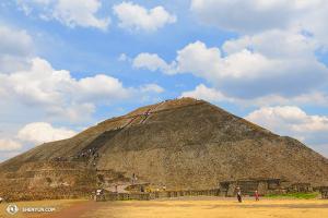 Touring Company w tym tygodniu było poza Stanami Zjednoczonymi, występowało w Meksyku. (fot. tancerka Kaidi Wu)