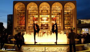 A Shen Yun New York Company právě skončila svoje vystoupení vLincoln Centru. (foto pořídila tanečnice Nancy Wang)