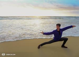 Tanečník Joe Huang. (fotil tanečník Zack Chan)