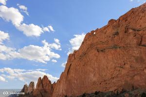 在美國,神韻巡迴藝術團來到了科羅拉多泉的眾神花園。(攝影:Helen Li)