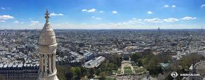 Shen Yun International Company powróciło do Północnej Ameryki ale ich aparaty nadal rozmyślają o pięknym Paryżu. (fot.kinooperatorka Annie Li)