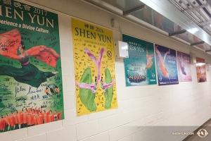 Shen Yun World Company wrapped up one leg of the Canada tour at Living Arts Centre, Mississauga, where Shen Yun has a history of performing - witness the backstage collection of autographed posters from 2012-2017. Shen Yun will still be in Vancouver Jan. 29 and Toronto Feb. 28.