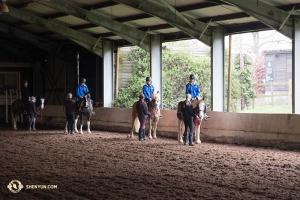 Les danseurs au Centre Équestre du Parc Trent au nord de Londres. (Photo de la danseuse Stephanie Guo)