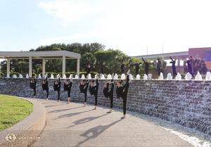 神韻北美藝術團的舞蹈演員在聖安東尼奧。(攝影:吳凱迪)