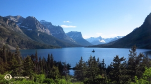 Wyspa Dzikich Gęsi w Parku Narodowym Glacier w stanie Montana. (fot. Kexin Li)