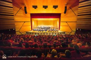 台中国立歌劇院にて。