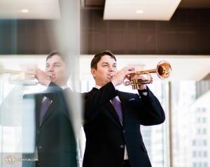 Российский трубач Владимир Земцов присоединился к Shen Yun Performing Arts в 2017 году.