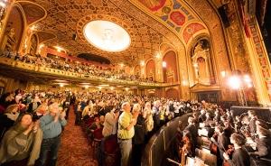 今年我們在羅德島舉辦了兩場滿場演出。 擁有3000個座位的普羅維登斯表演藝術中心是收錄在美國國家歷史名勝名錄上的歷史性劇院 。 1998年,劇院內部裝潢全部恢復到了1928年時輝煌的原貌。
