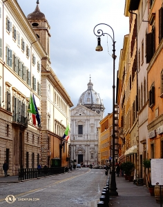 A quiet street in Rome, where grand and historic architecture seems to peek out of the horizon. (Photo by dancer Tony Zhao)