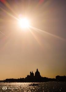 Krásná silueta Benátek před odjezdem. (Fotil Felix Sun)
