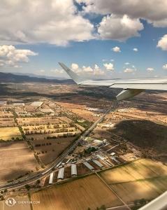 Widok z samolotu podczas lotu z Querétaro do Monterrey w Meksyku. Od 28 kwietnia do 13 maja mamy zaplanowane etapy w pięciu różnych miastach Meksyku. (Rachel Bastick)