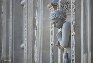 Лувр считается самым посещаемым музеем искусств в мире. (Автор фото: Энни Ли)