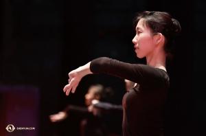 領舞演員施逸謙出生於台灣,自2013年起加入神韻。
