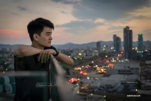 William Li podziwia widok (Sam Pu)