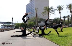 <p>Bonjour le soleil ! Les danseurs delaShen Yun International Companyarriventà Jacksonville, en Floride. (Photo de la danseuse Diana Teng)</p>