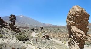 テイデ国立公園の火山が生み出した景観。ユネスコ世界遺産に指定されている。