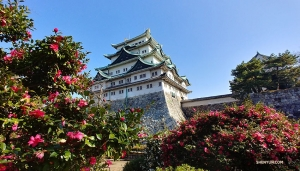 De artiesten bezoeken het idyllische Nagoya Tenshu Castle en de omliggende gebouwen voordat de reeks optredens van het gezelschap in het hele land begint. (Foto door eerste klarinettist Jevgeniy Reznik)